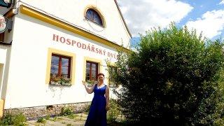 Tip na autovýlet na Vysočině: Hospodářský dvůr Bohuslavice je destinace s kouzlem destilace