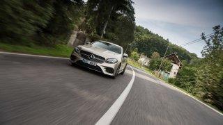 Mercedes-Benz E300 Coupe jízda 2