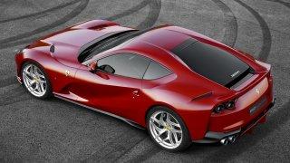 Ještě ani nevyjelo a už je stažené z prodeje. Ferrari 812 Superfast má vážné problémy