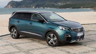 Je lepší ojeté SUV Peugeot 5008, nebo MPV Citroën C4 Picasso? Víme, na co si dát pozor