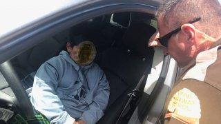 Pětiletý kluk doma ukradl SUV, aby si dojel koupit vlastní lambo. Policisté ho chytili na dálnici