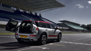MINI John Cooper Works Clubman 19