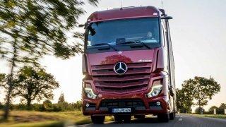 Zúčastni se nové soutěže Autosalonu. Staň se řidičem tahače Mercedes-Benz Actros!