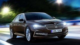 Nová Škoda Superb se začala prodávat v Česku. A je levnější než dřív