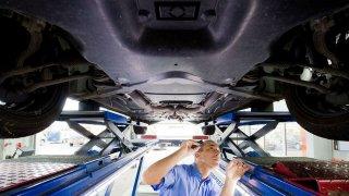 Které ze čtyř ojetých aut je nejspolehlivější? Srovnej to a vyhraj povinné ručení na rok zdarma