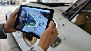 Porsche - kontrola vizuálního a hmatového dojmu v