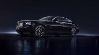 Rolls-Royce Ghost ve verzi Black Badge.