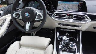 BMW X5 xDrive M50d interier  2