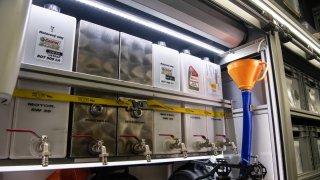 Zásobníky na motorový olej