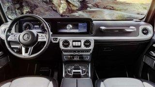 Legenda teréňáků inovuje. Mercedes-Benz třídy G dostává nový interiér.
