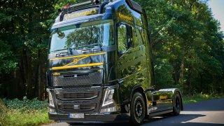 Continental a Volvo FH tvoří kladivo boha Thora
