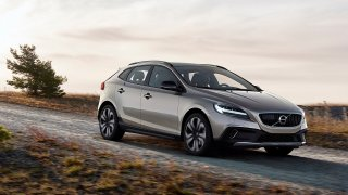 Volvo V40 Cross Country (6 ks)