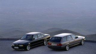 BMW M5: Na IAA 1991 mělo premiéru BMW E34 M5 jako