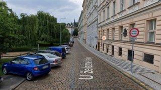 Značka průjezd zakázán v Praze