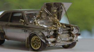Ford Escort ze zlata, stříbra a diamantů_1