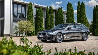 Podzimní změny u BMW přináší pro řady 1, 3, 5 a 8 nové motory, barvy, asistenty a digitální služby