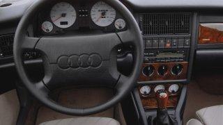 Audi S2 Avant: 280 S2 Avant nejela, 242 km/h je na