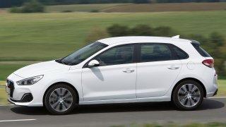 Když ojetý Hyundai i30, tak po důchodci! Našli jsme i voňavku s nájezdem 10 tisíc km za pět let