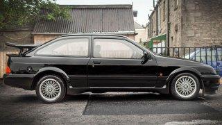 Ford Sierra RS500 Cosworth je vyhledávaná rarita.