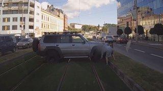 Brněnský offroaďák s Patrolem odešel od soudu bez řidičáku a s pokutou. Ještě se ale odvolal