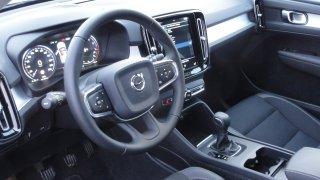 Volvo XC40 interiér 1