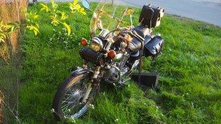 Motorkářka bez papírů si spletla plyn a brzdu. Srazila malé dítě