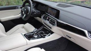 BMW X5 xDrive M50d interier  3