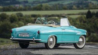 S větrem ve vlasech. Kabriolety Škoda slaví výročí 60 let
