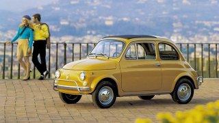 Fiat 500 byl jedním z prvních západních aut prodávaných v Tuzexu. Úspěšná sága pokračuje dodnes