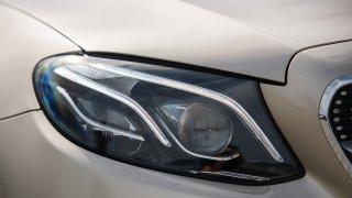 Mercedes-Benz E300 Coupe exteriér 2