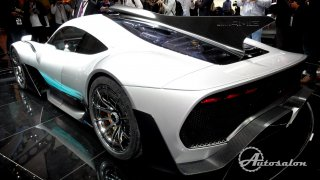 Mercedes-AMG Project ONE - Formule 1 na silnici 2