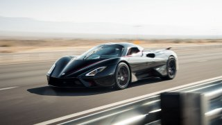 Kdo je teď nejrychlejší na světě? Americký rekord 533 km/h totiž neplatí kvůli pochybnému videu