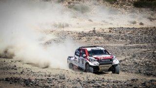Fernando Alonso testuje Toyotu Hilux 3