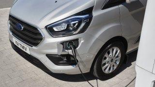 Ford bude elektrifikovat další modely