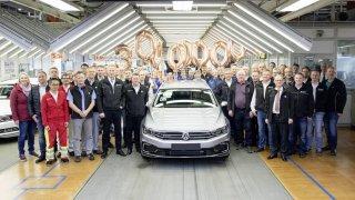 Volkswagen vyrobil 30 milionů Passatů