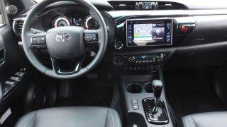 Toyota Hilux interier 1