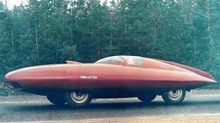 Tryskový pohon, luxusní kabriolet nebo sporťák Dacia. I socialistická auta měla odvahu