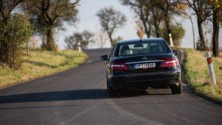 Mercedes-Benz E 220 CDI jízda 3
