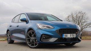 Test Fordu Focus ST: Nejspíš nejlepší ostrý hatchback na trhu. Má motor z Mustangu a boží podvozek