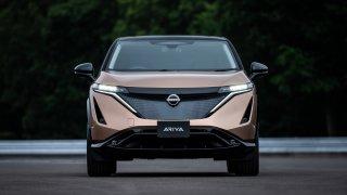 Nový Nissan Ariya konkuruje Škodě Enyaq. Trumfuje ji výkonem až 400 koní, pelášit bude 200 km/h