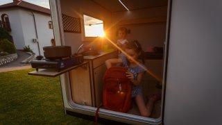 Deset rad - jak se z dovolené vrátit bez dluhů
