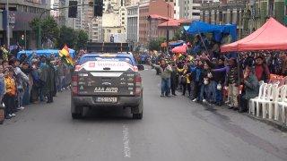 Auto v ulicích La Paz