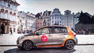Anytime carsharing nabídne v Praze hybridní Toyoty