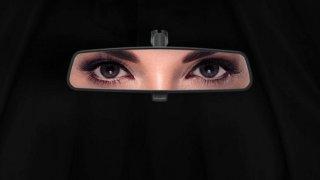 Ženám v Saúdské Arábii konečně dovolí řídit. Automobilky už o něj bojují